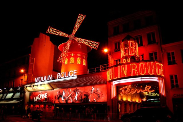 Moulin_Rouge_by_Malleni