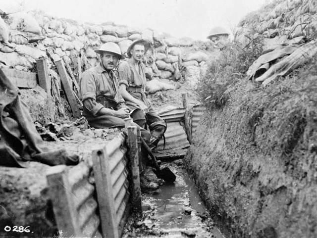 Vita da trincea. 22° Fanteria franco-canadese. Luglio 1916.