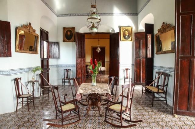 Inteni della casa principal [foto tratta da yaxcopoil.com]