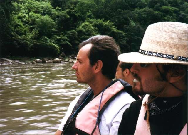 Claudio e Diego sulla barca in navigazione nel Canyon del Sumidero