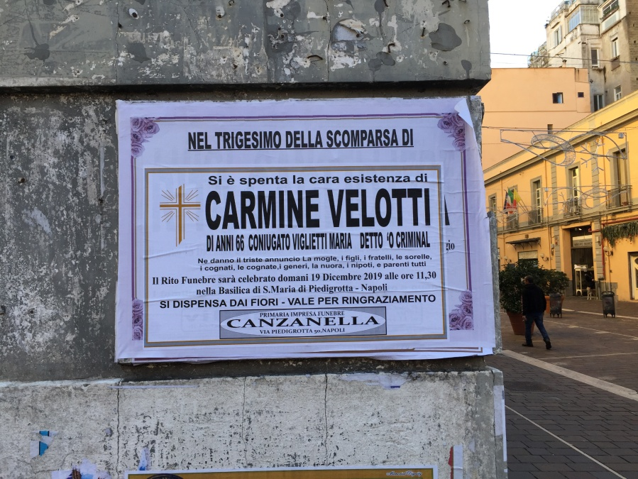 Foto scattata a Napoli, quartiere Chiaia, nei pressi di Largo Torretta